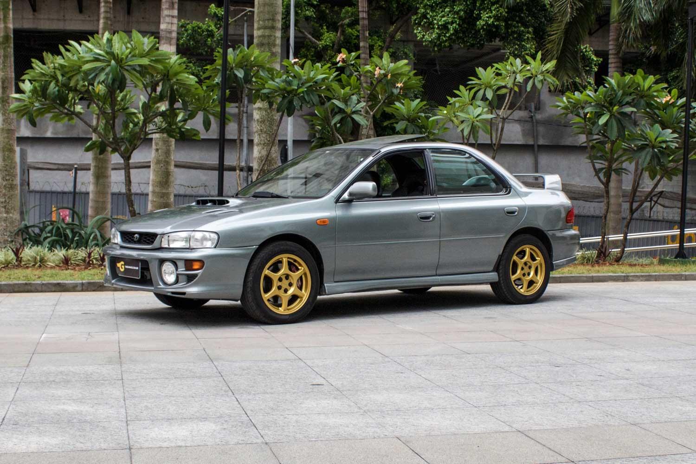 2000 Subaru Impreza GT