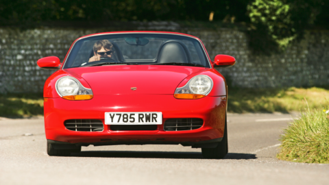 Carros clássicos pouco valorizados da década de 1990