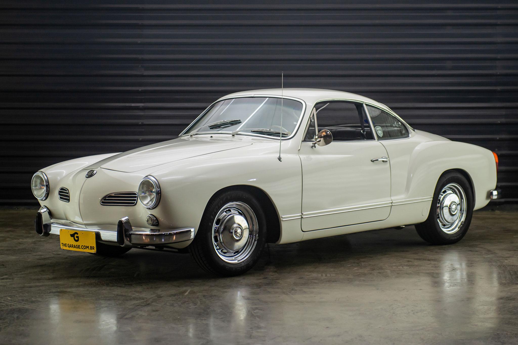 1971-VW-Karmann-Ghia-coupe-a-venda-sao-paulo-sp-for-sale-the-garage-classicos-a-melhor-loja-de-carros-antigos-acervo-de-carros--31
