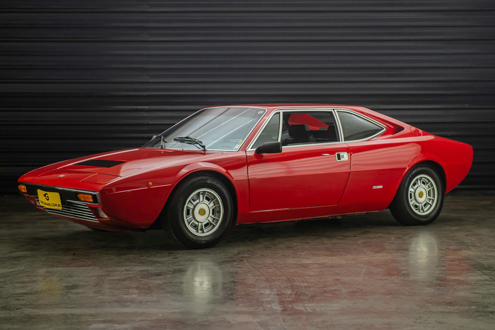 1975-Ferrari-Dino-308-GT4-2+2-a-venda-sao-paulo-sp-for-sale-the-garage-classicos-a-melhor-loja-de-carros-antigos-acervo-de-carros-1-4