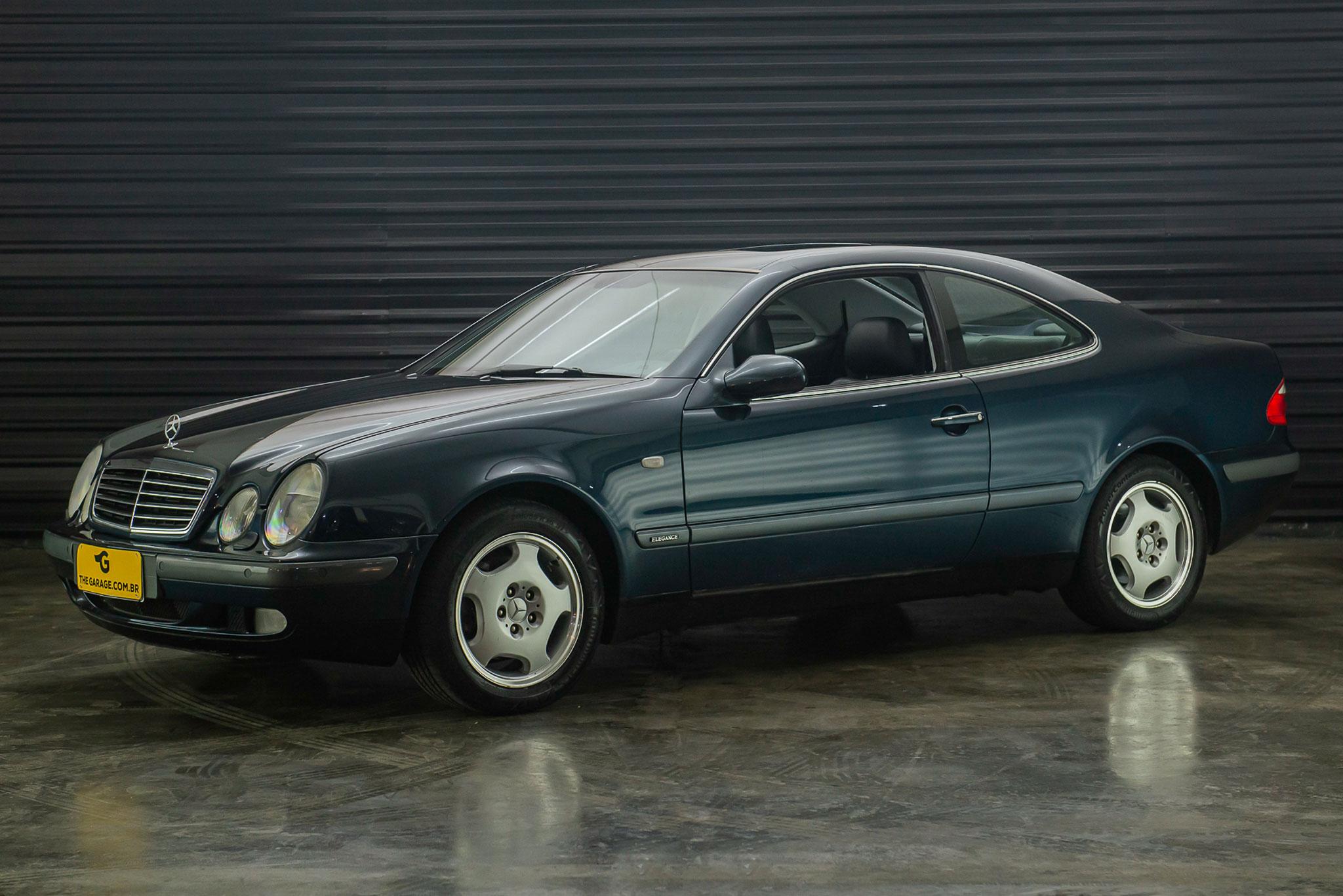 1999-Mercedes-Benz-CLK-320-a-venda-sao-paulo-sp-for-sale-the-garage-classicos-a-melhor-loja-de-carros-antigos-acervo-de-carros-25